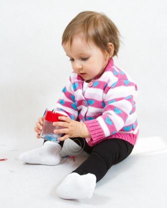 Sweterek  niemowlęcy  zapinany na guziki