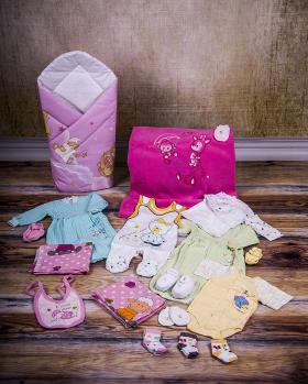 Wyprawka niemowlęca dziewczęca roz. 62