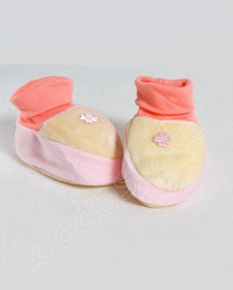 Kapcie dla niemowląt welur, bambosze KWIATEK róż
