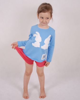 Bluzka dziecięca wiązana z tyłu